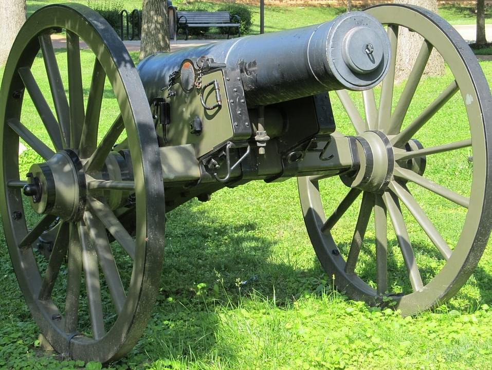 Man Fires Cannon At Neighbor & Man Growls Like Dog At Police During Arrest
