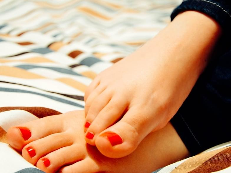 Suns out….toes out?