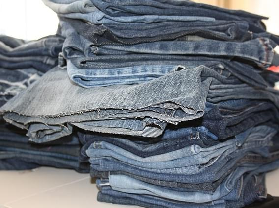 old-jeans-3589262_640