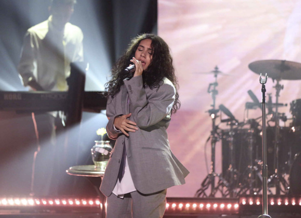 """WATCH: Alessia Cara performs her new song """"Growing Pains"""""""