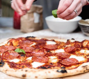 You Could Earn Up To $1,000 A Day, Making Pizza