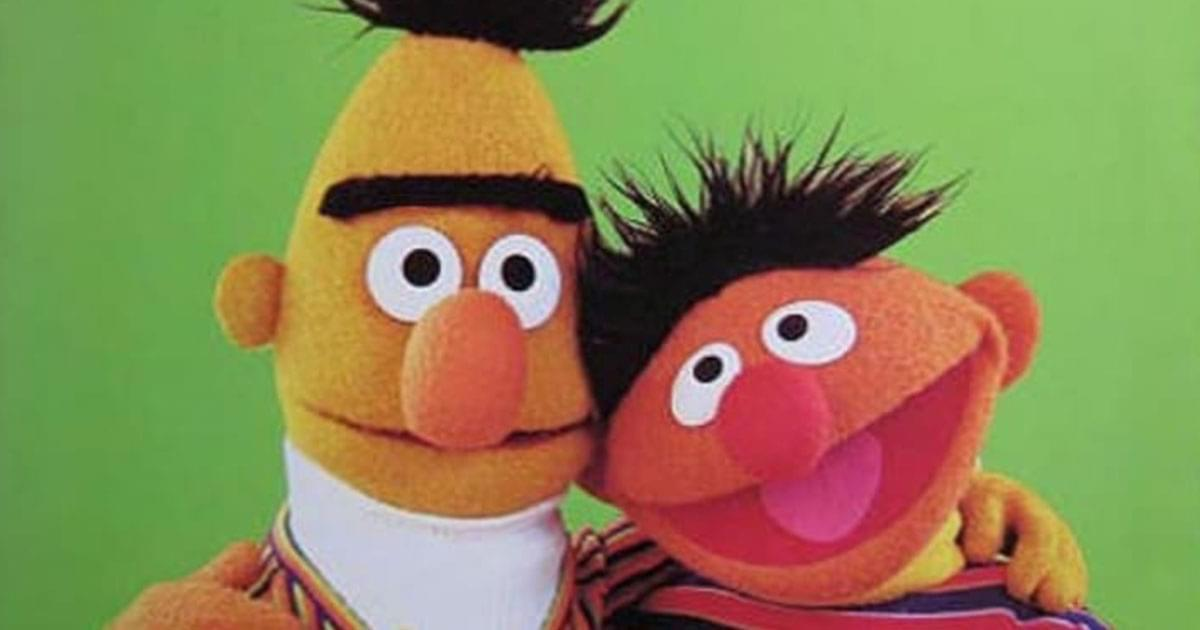 'Sesame Street' Writers confirm long questioned relationship!!
