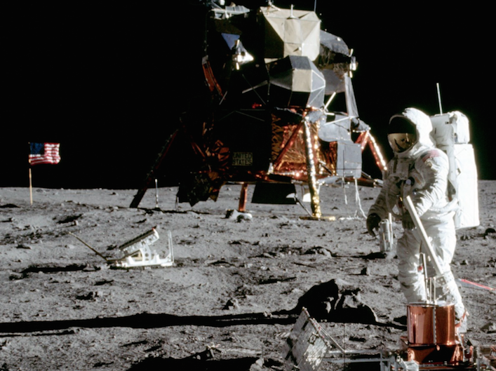 A Website That Lets You Relive The Moon Landing