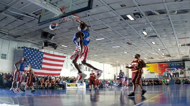 The Harlem Globetrotters Join The Majic Morning Show