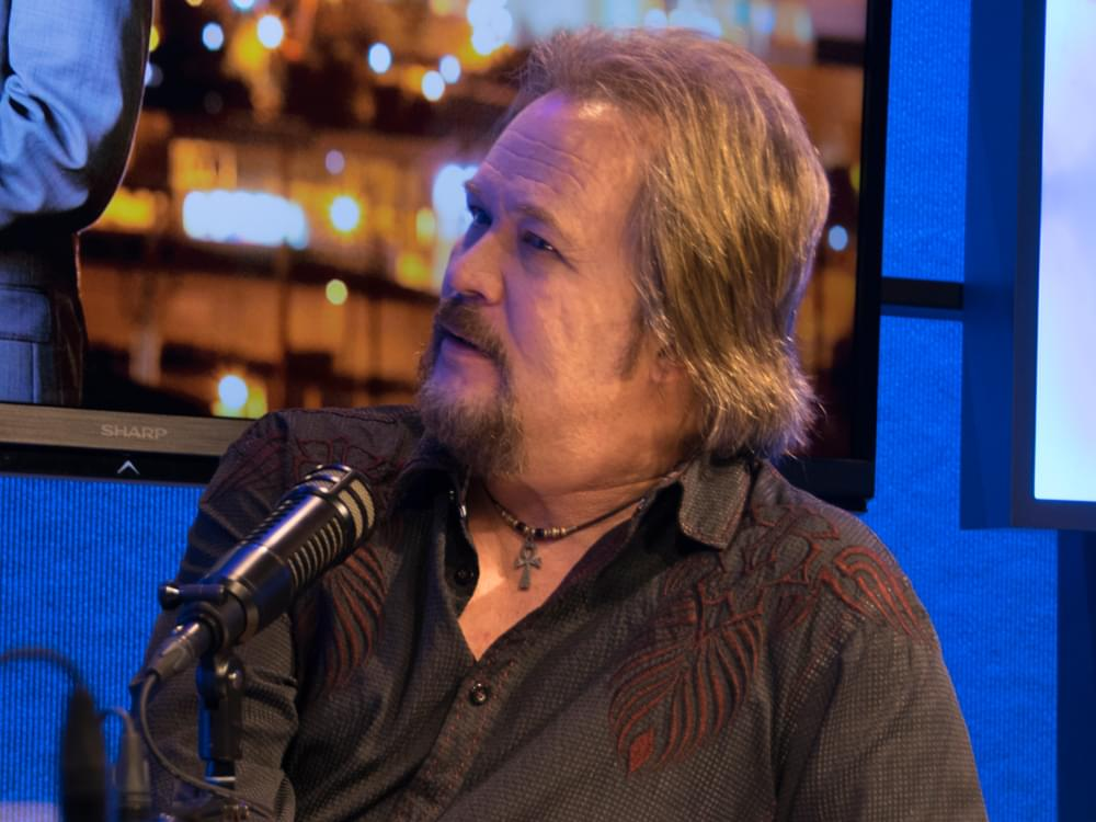 Travis Tritt Uninjured After Tour Bus Sideswiped in Auto Accident That Killed 2 People