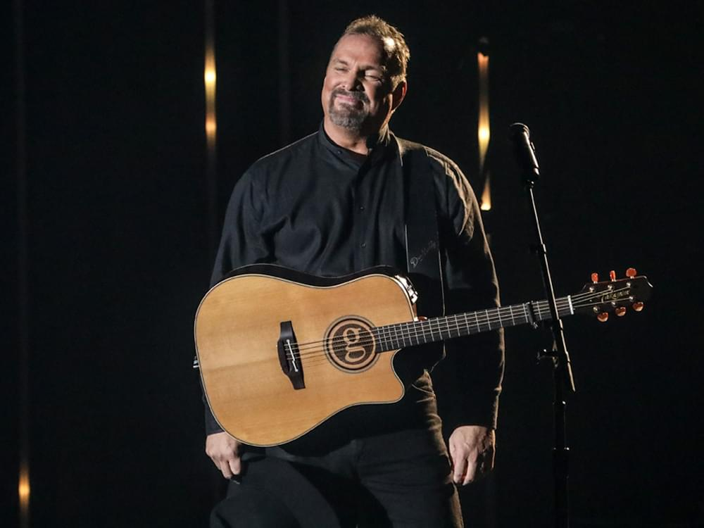 After Immediate Sellout, Garth Brooks Adds Second Stadium Show in Canada