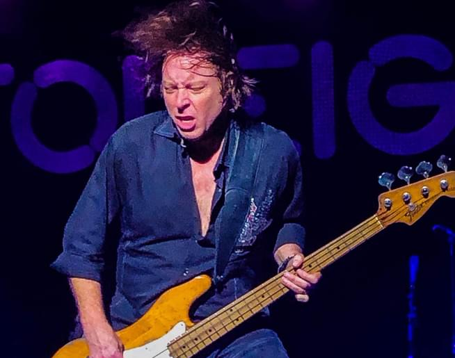 Cruisin' Bruce talks with Foreigner bass guitarist Jeff Pilson