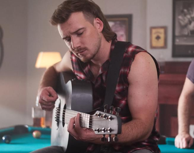 Morgan Wallen_Whiskey Glasses_video_Credit Nick Swift_654_closer