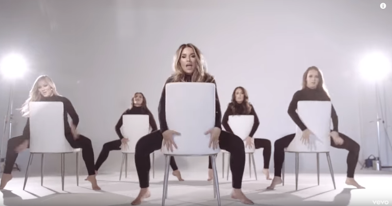 Jessie James Decker – FLIP MY HAIR [WATCH]
