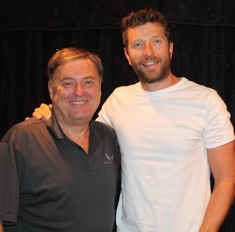 Brett Eldredge: World Traveler