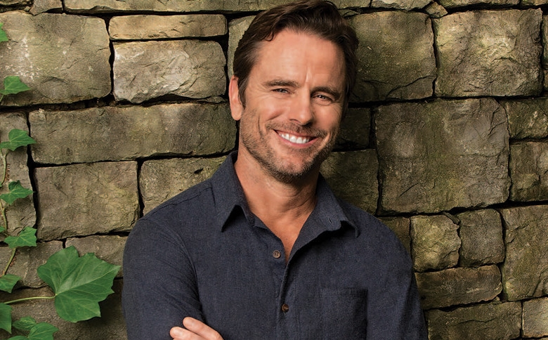 Charles Esten to Host CMT Music Awards