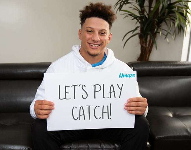 Hang with Patrick Mahomes & work on your no-look pass!