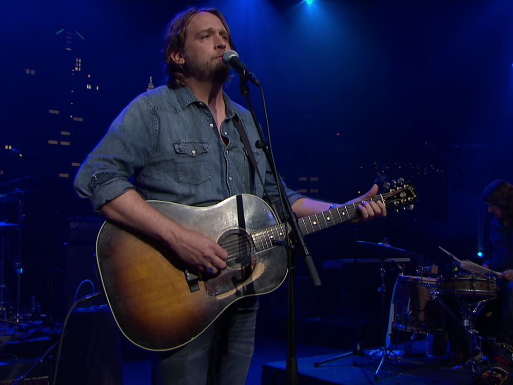 "Watch Texas Troubadour Hayes Carll's ""Sake of the Song"" Ode to Townes Van Zandt on ""Austin City Limits"""