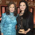 Crystal Gayle Becomes the Newest Member of the Grand Ole Opry