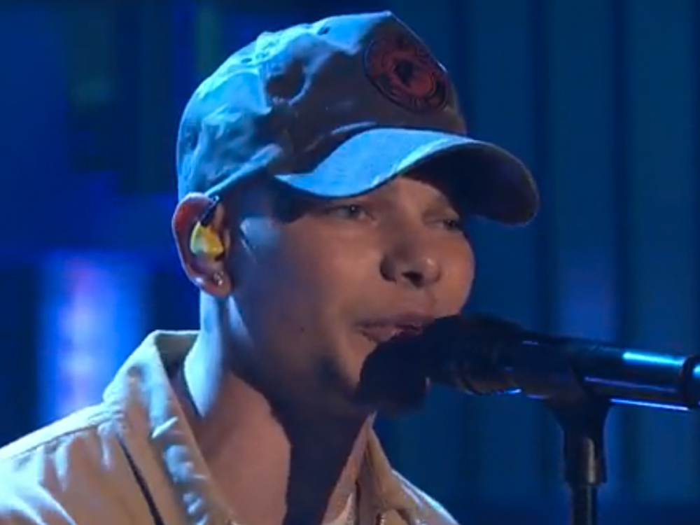 "Watch Kane Brown Make His Late-Night TV Debut With ""Thunder in the Rain"""