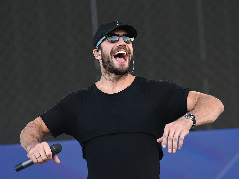 Sam Hunt: 15 in a 30 Tour Dates