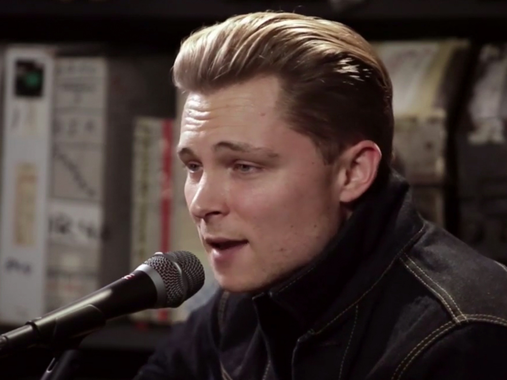 "Watch Frankie Ballard Channel His Inner Bob Seger on ""You'll Accomp'ny Me"""