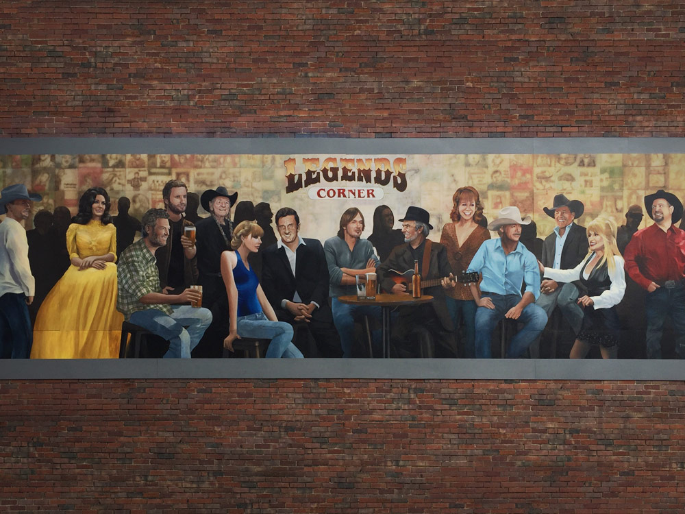 Can you name the 14 country artists featured on nashville for Country wall mural