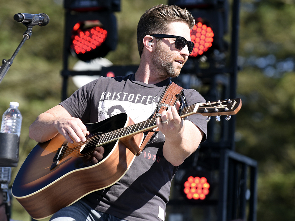 "Josh Turner Readies New Album, ""Deep South,"" for March 10 Release"