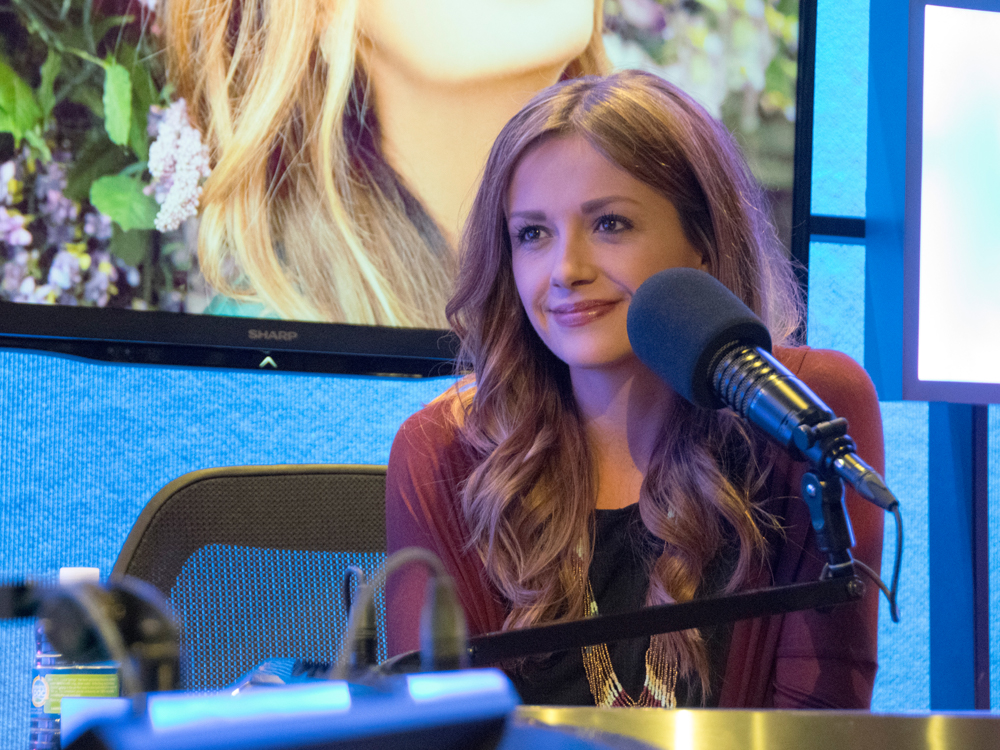 """Every Little Thing"" Singer Carly Pearce Shares 10 Little Things That Shaped Her Into Who She Is Today"