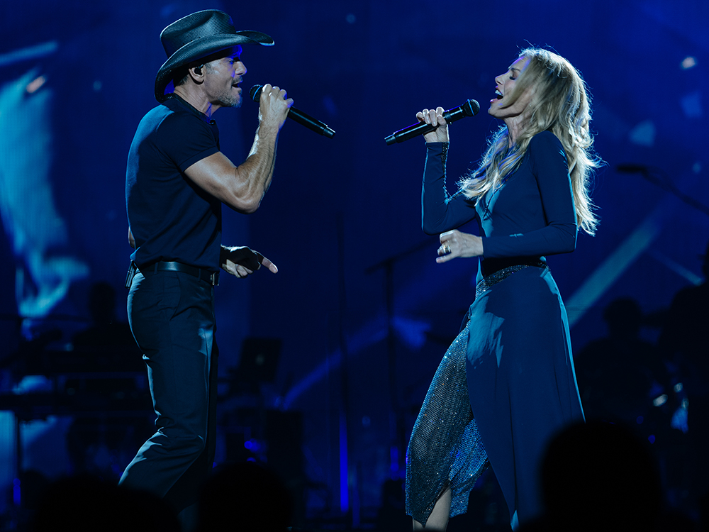 "Success! Tim McGraw and Faith Hill Have Fun Kicking Off Soul2Soul World Tour in New Orleans and Tupelo: ""We Did It,"" Says Tim"