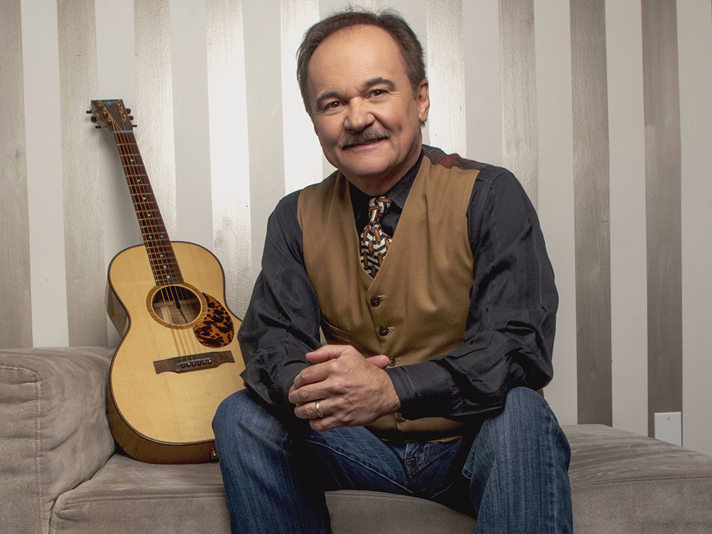 "Jimmy Fortune Reveals Inspiration Behind Recording of John Denver's ""Annie's Song""— ""We Did It For Mindy"""