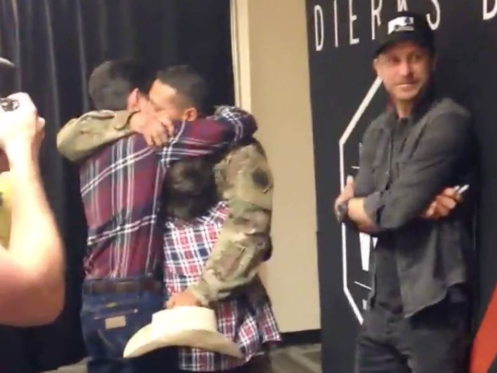 Dierks Bentley Helps U.S. Soldier With Surprise Family Reunion [Watch]