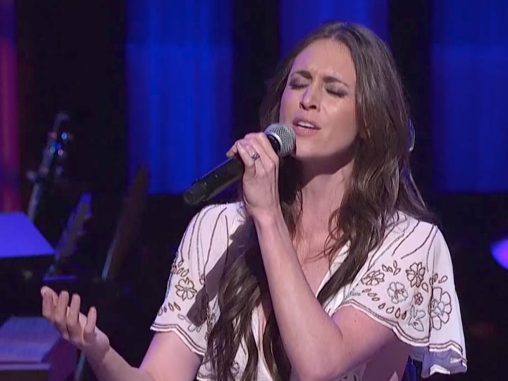 "Watch Kelleigh Bannen's Poignant Performance of ""Church Clothes"" at the Grand Ole Opry"