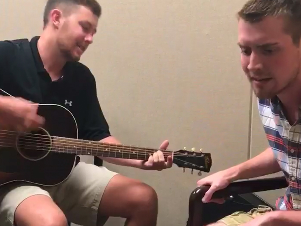 Watch Scotty McCreery Grant Wish to Teen With Incurable Disease by Singing With Him