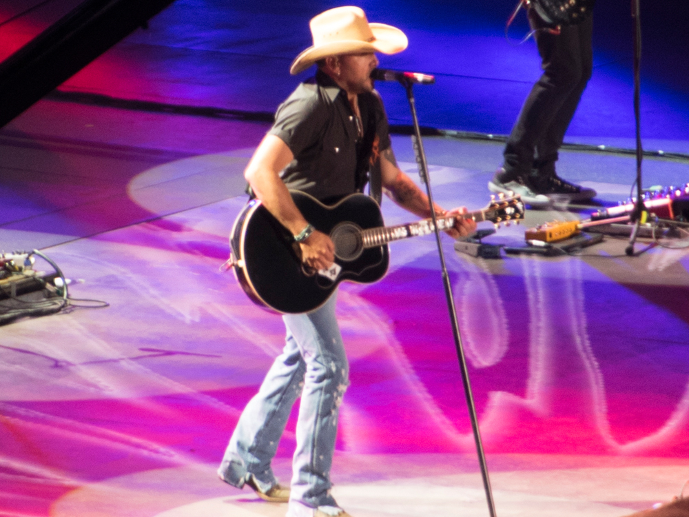 """Jason Aldean Set to Return to Hometown on Aug. 11 for 2nd """"Concert for the Kids"""" Fundraiser"""