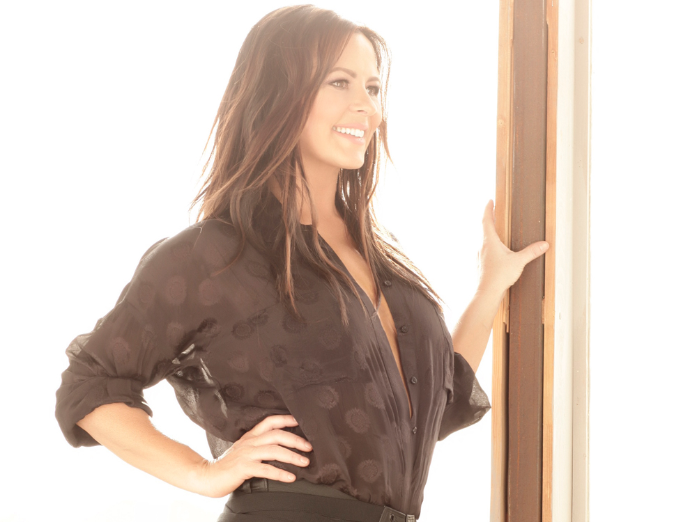 "Exclusive Premiere: Listen to Sara Evans Sing ""Long Way Down"" From New Album, ""Words,"" + Hear the Story Behind the Song Choice"