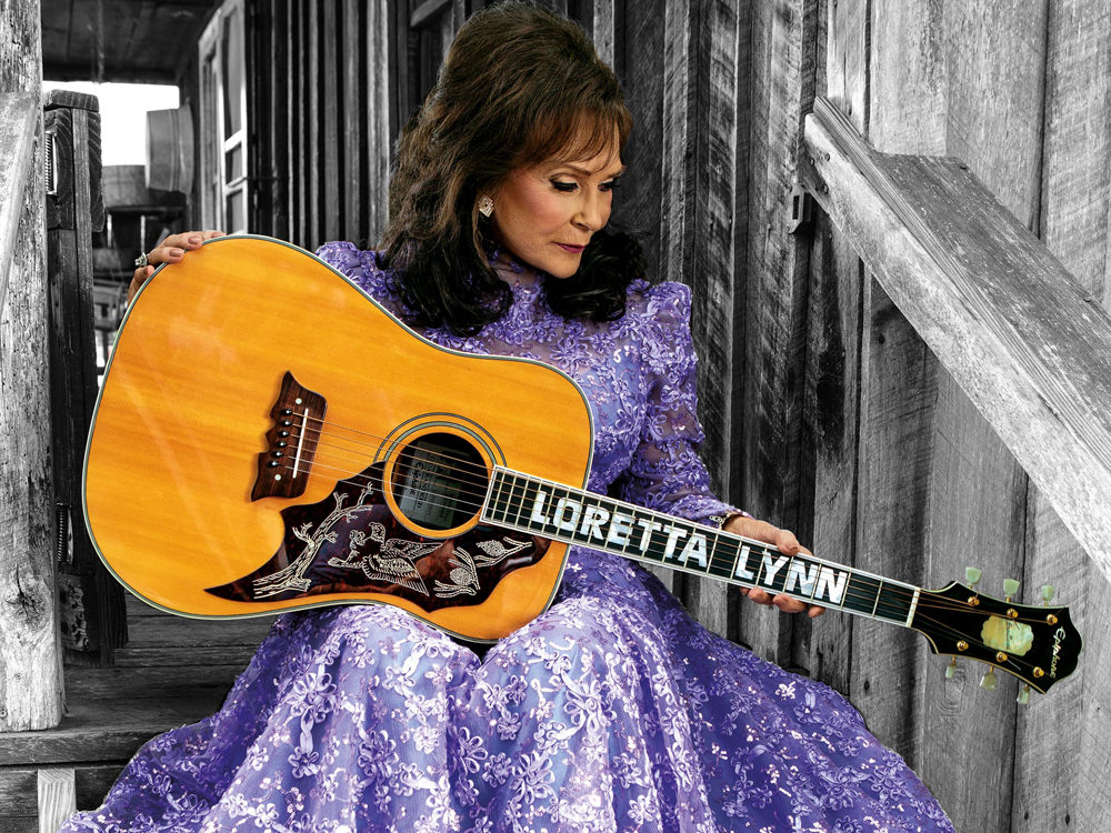 Loretta Lynn Cancels 2017 Tour Dates, Postpones New Album Until 2018