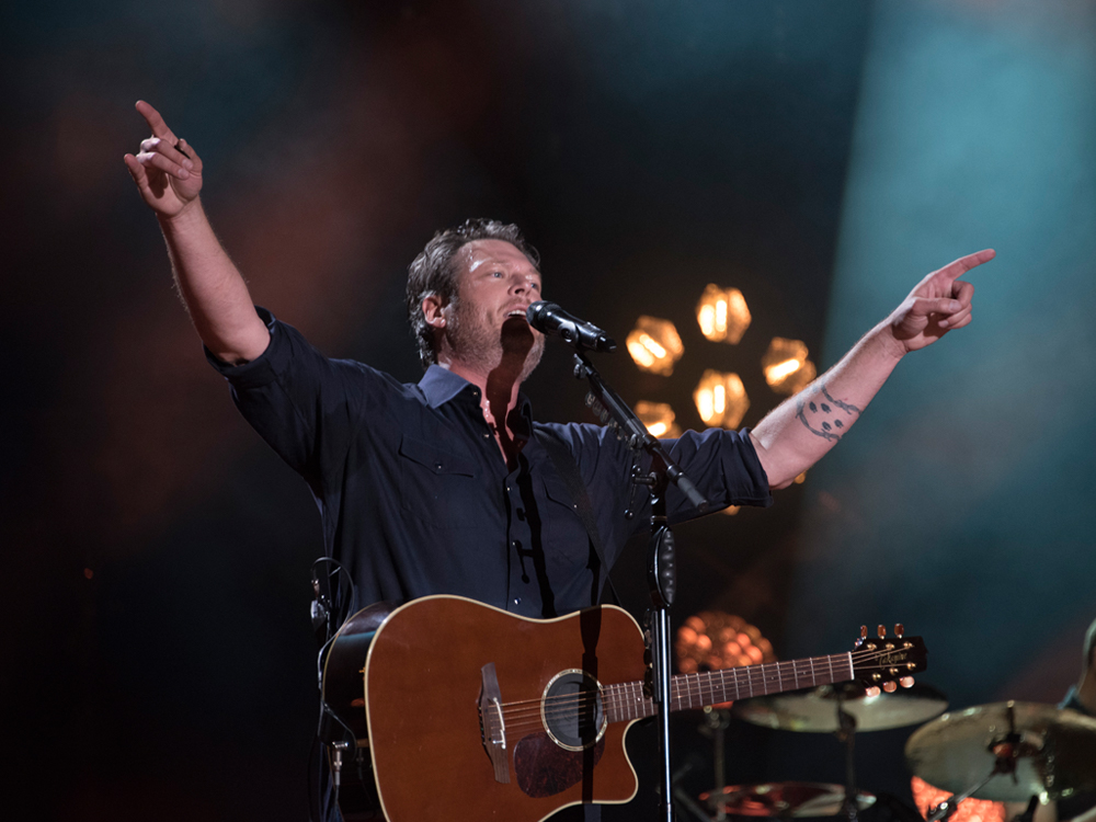 "Touring Is Still What Blake Shelton ""Has the Most Fun With in This Business"""