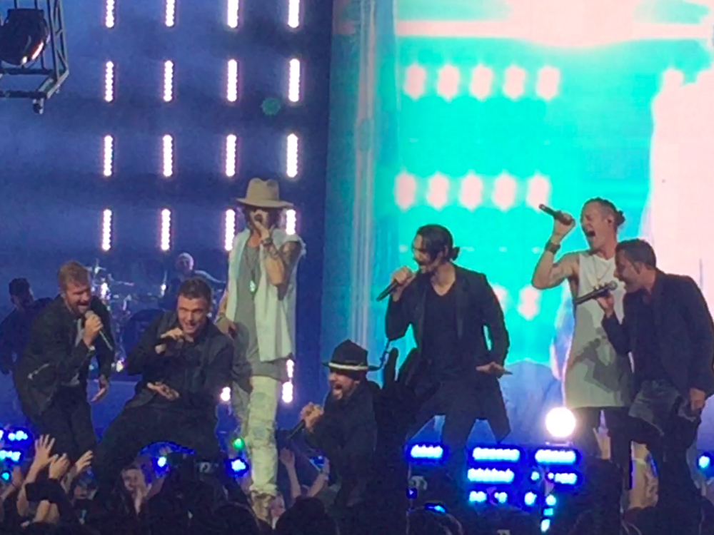 "Florida Georgia Line Teams Up With the Backstreet Boys for Upcoming ""CMT Crossroads"""