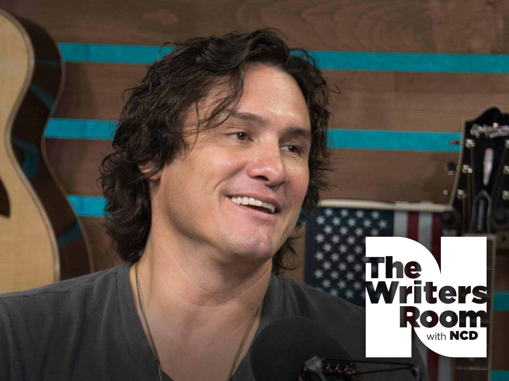 "Joe Nichols Talks Reaching Personal Milestones, Taking Musical Chances, Making His New Album, ""Never Gets Old,"" & More"