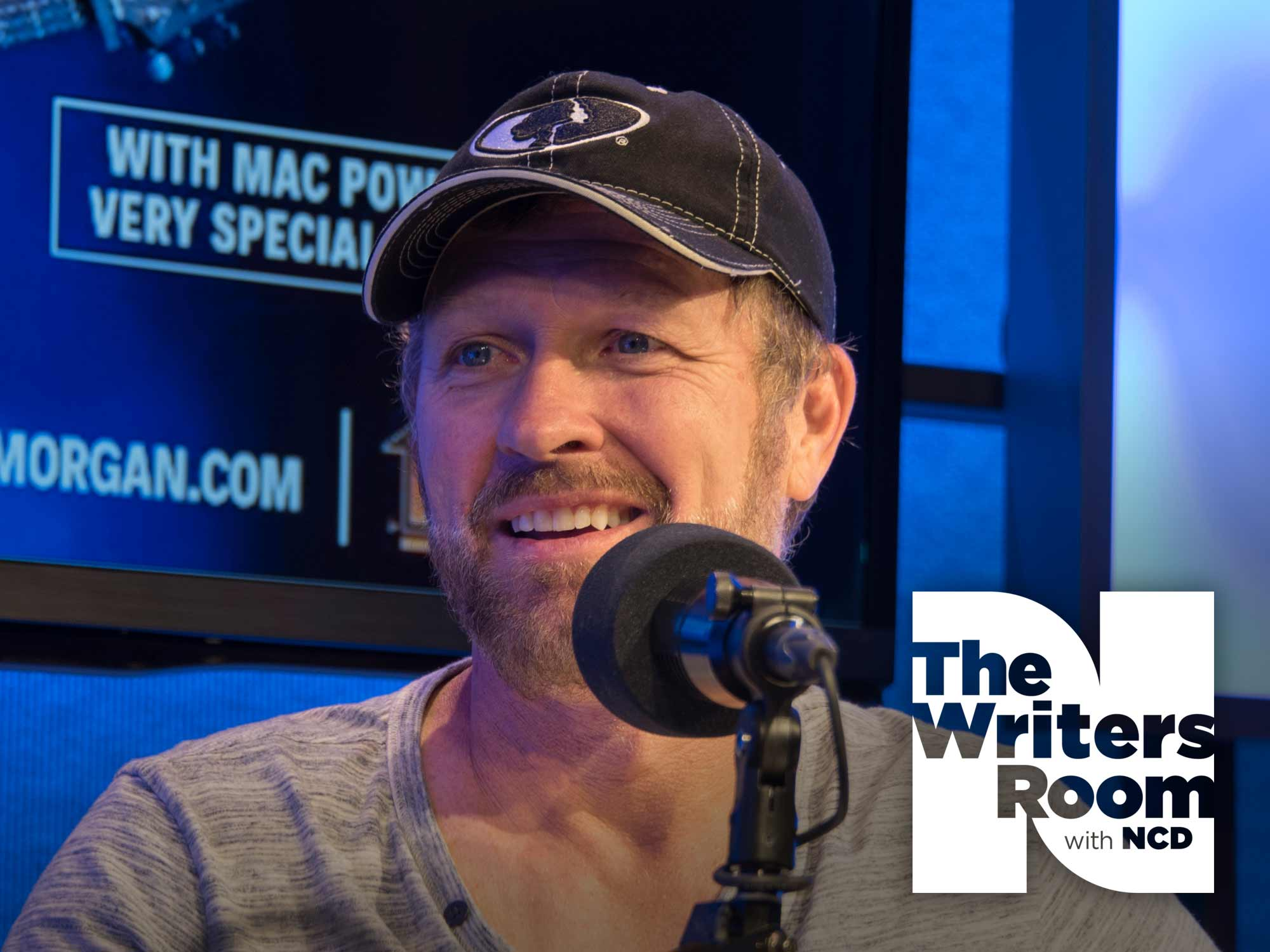 Craig Morgan Talks Hunting Bears, Performing for the Troops, Opening His New Gallery, Upcoming Tour & More