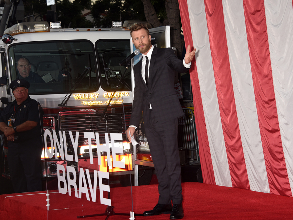 "Dierks Bentley, Jeff Bridges, Jennifer Connelly, Josh Brolin & More Walk the Red Carpet at ""Only the Brave"" Movie Premiere [Photo Gallery]"