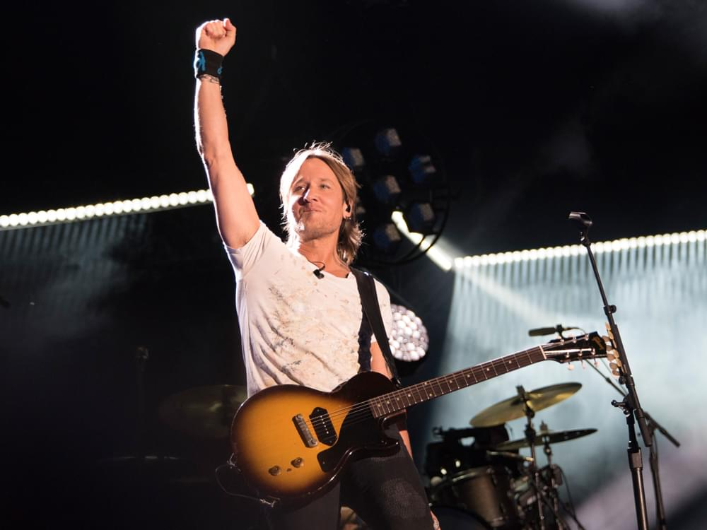 "Keith Urban's New Album, ""Graffiti U,"" Debuts Atop Billboard Country Chart"