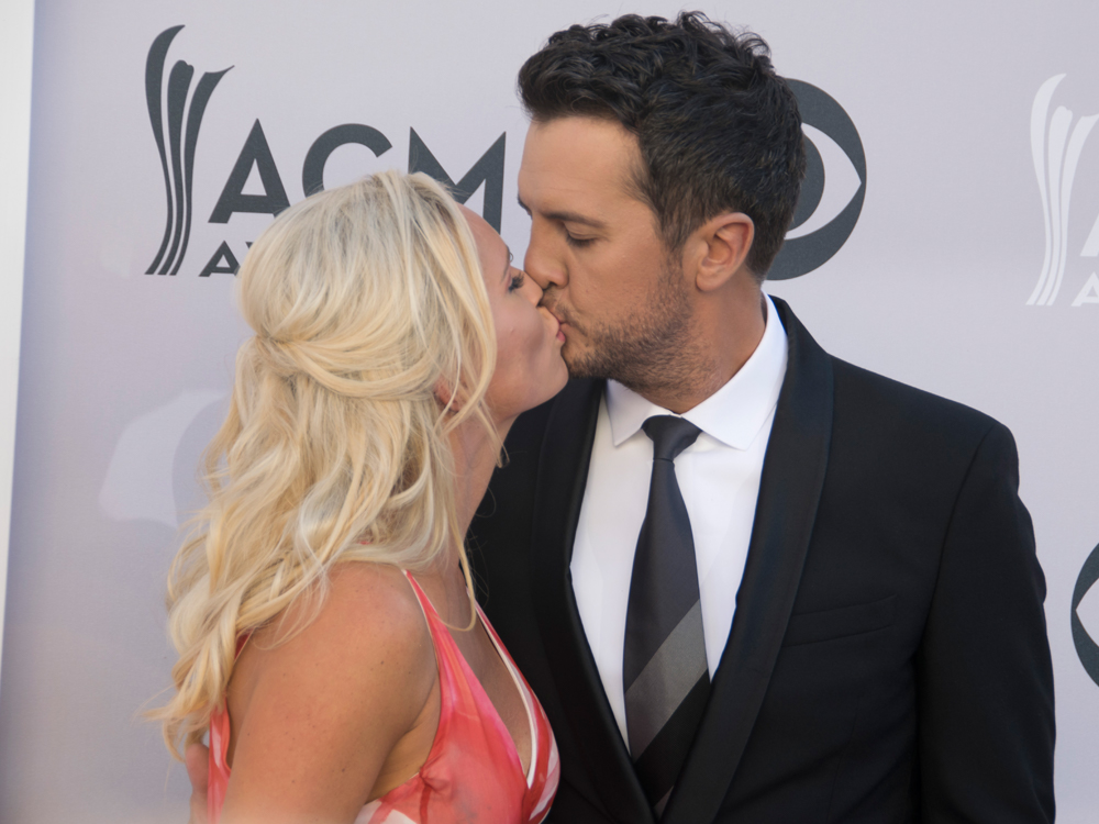 "Luke Bryan to Release New Album on 11th Wedding Anniversary: ""I'm Sorry, Baby"""