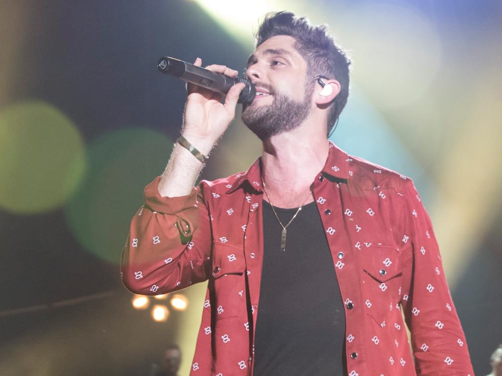 "Thomas Rhett Scores 3rd No. 1 Single of 2017 With ""Unforgettable"""