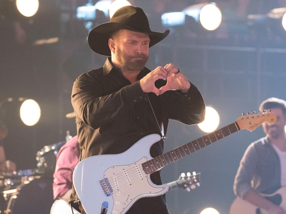 "Garth Brooks Says New Anthology Is a ""Family"" Project"