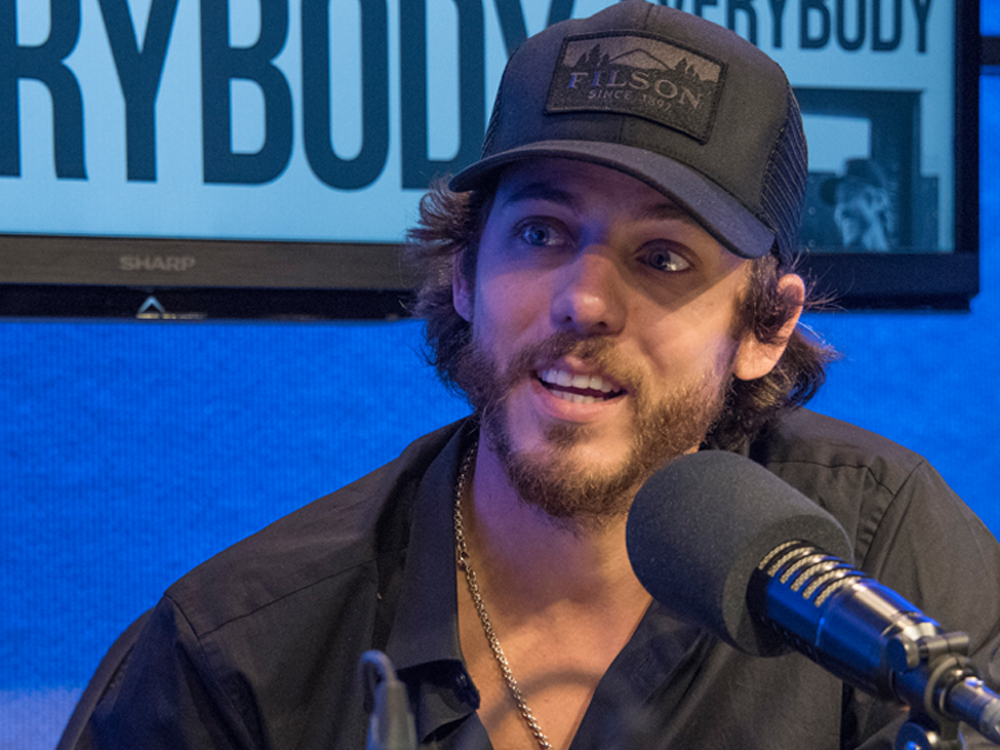 "Chris Janson Finds Comfort & Success Writing on His ""Back Porch"" After Years Spent in Music Row Offices"