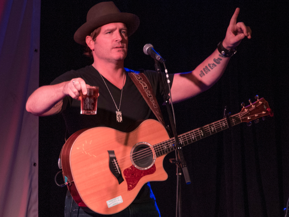 "After Generating a ""Lot of Excitement"" at His Live Shows With New Song, ""I Got This,"" Jerrod Niemann Releases It to Country Radio"