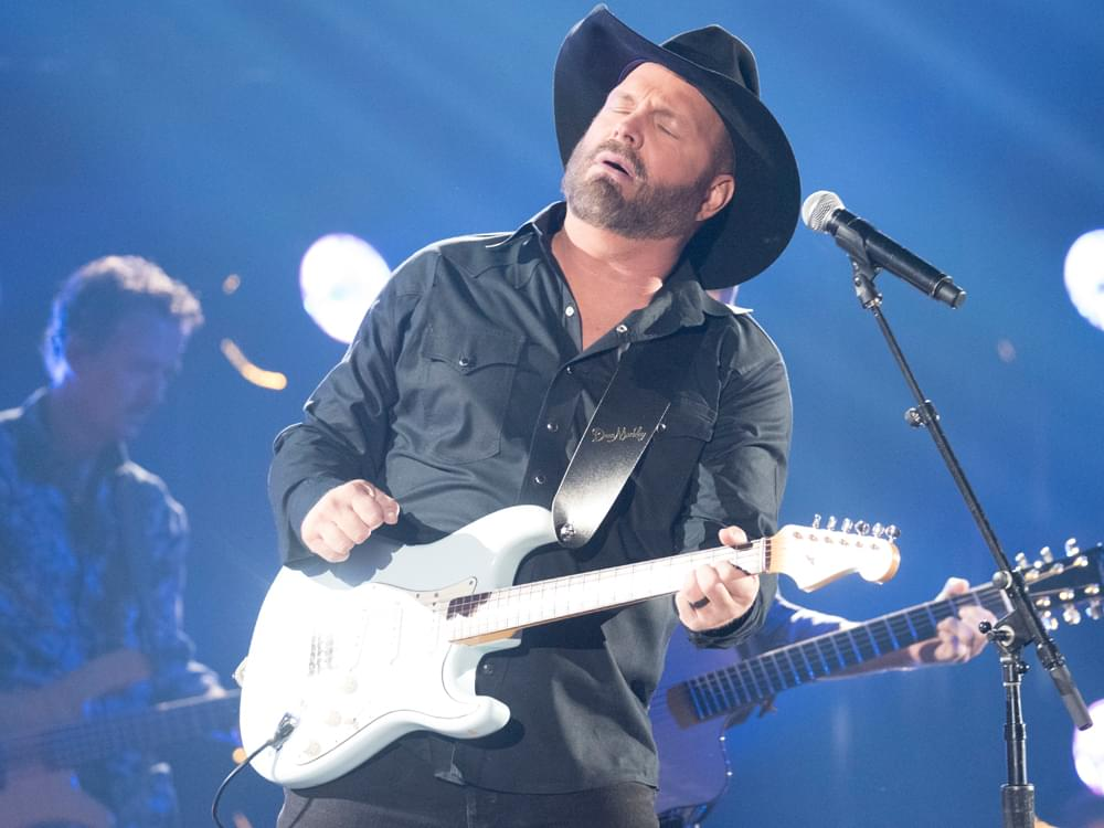 "After Working on New Live Album for Six Months, Garth Brooks & Crew Could Use a ""Little Vacation From the Studio"""