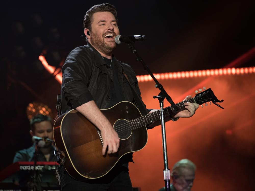 "Chris Young Releases Beachy Video for New Single, ""Hangin' On"" [Watch]"