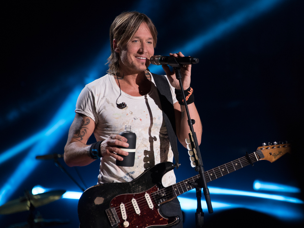 "Keith Urban Announces New ""Graffiti U"" Album and 58-City World Tour With Kelsea Ballerini"
