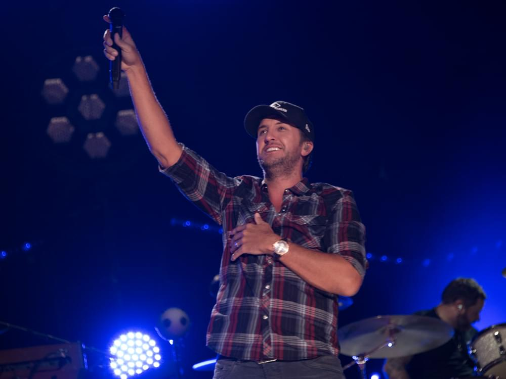 Luke Bryan Announces Cities and Dates for 10th Annual Farm Tour