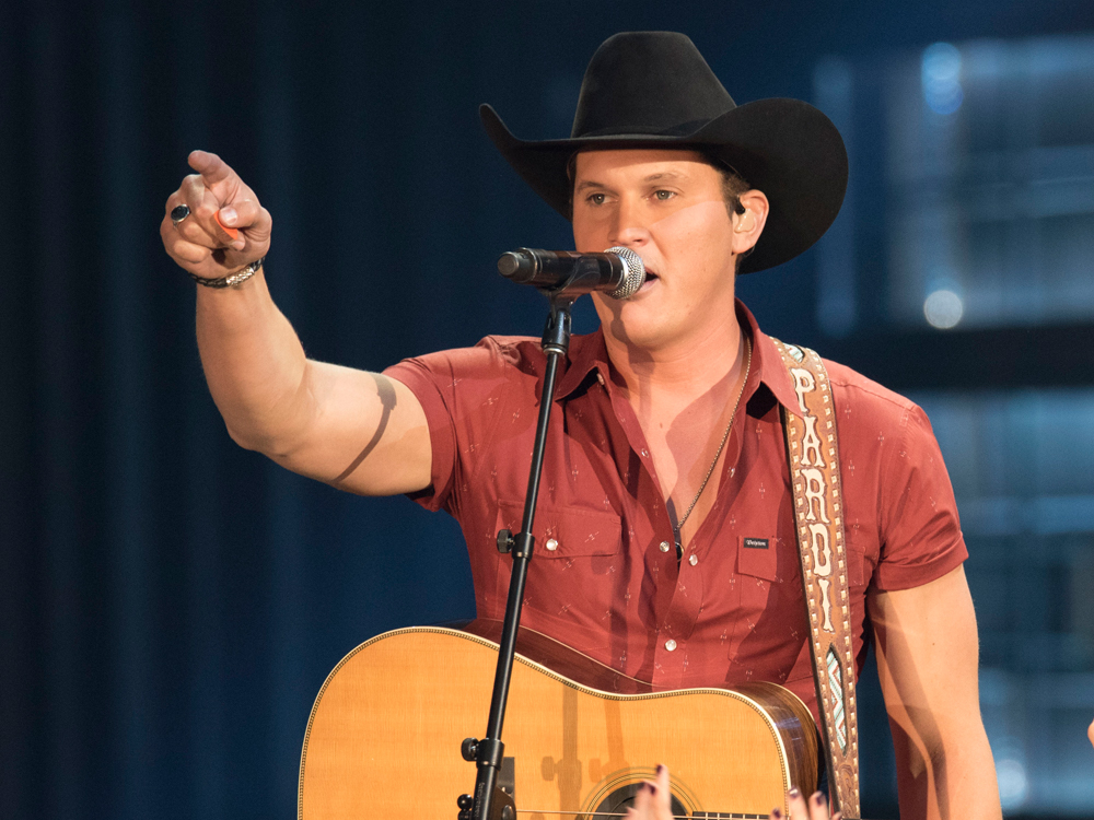 "Jon Pardi Re-Records Tom T. Hall's  ""I Like Beer"" for New Michelob Ultra Super Bowl Commercial [Watch]"