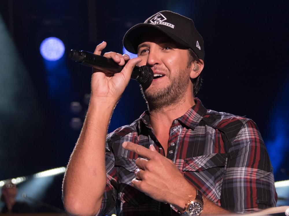 "Watch Luke Bryan Throw Shade at Blake Shelton & Perform ""Hooked On It"" on ""Seth Meyers"""