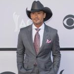Tim McGraw to Headline Two Acoustic Concerts in Cuba